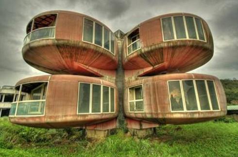Dünyanın en ilginç binaları.. 12