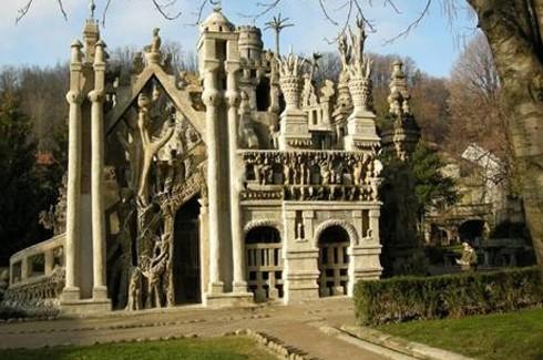 Dünyanın en ilginç binaları.. 7