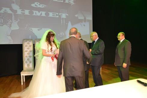Şoför ve korumanın evliliğe uzanan aşkı 1
