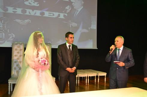 Şoför ve korumanın evliliğe uzanan aşkı 10