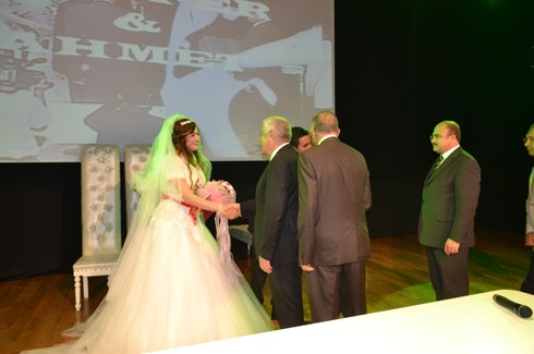 Şoför ve korumanın evliliğe uzanan aşkı 3