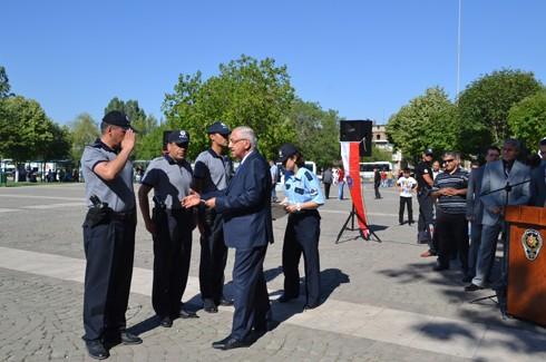 Polis'e araç takviyesi 8