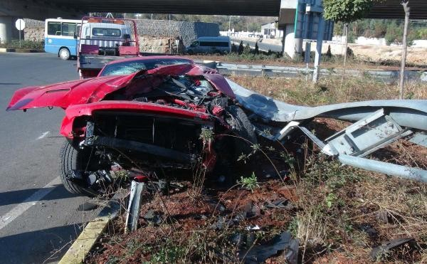 Alkollü Milevskiy kaza yaptı 6