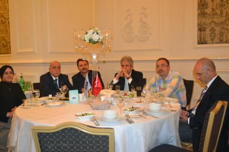 Anadolu Düşünce Grubu'nun toplantısı 12