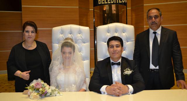 Abuşoğlu ve Tipi ailesinin mutluluğu 12