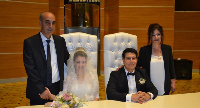 Abuşoğlu ve Tipi ailesinin mutluluğu 13