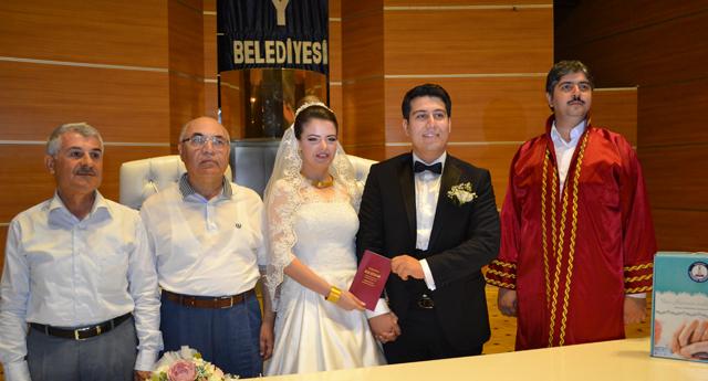 Abuşoğlu ve Tipi ailesinin mutluluğu 2