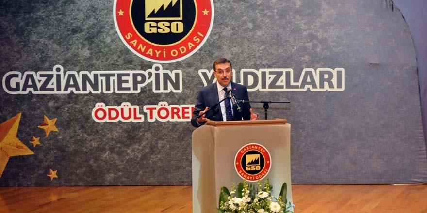 """GAZİANTEP'İN YILDIZLARI ÖDÜL TÖRENİ"""" YAPILDI 1"""