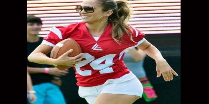 Jennifer Lopez futbolcu oldu