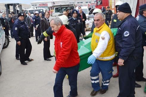 4.Organize Sanayi'de Galvaniz Fabrikası'nda patlama 19