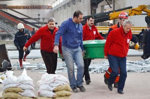 4.Organize Sanayi'de Galvaniz Fabrikası'nda patlama 23