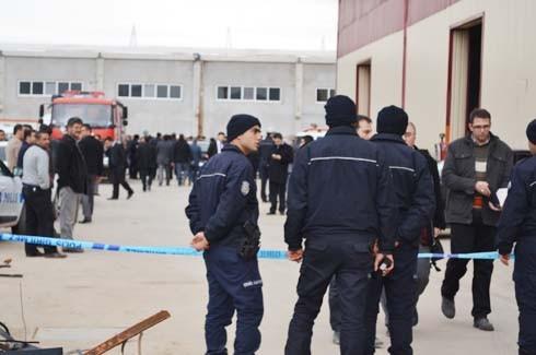 4.Organize Sanayi'de Galvaniz Fabrikası'nda patlama 29