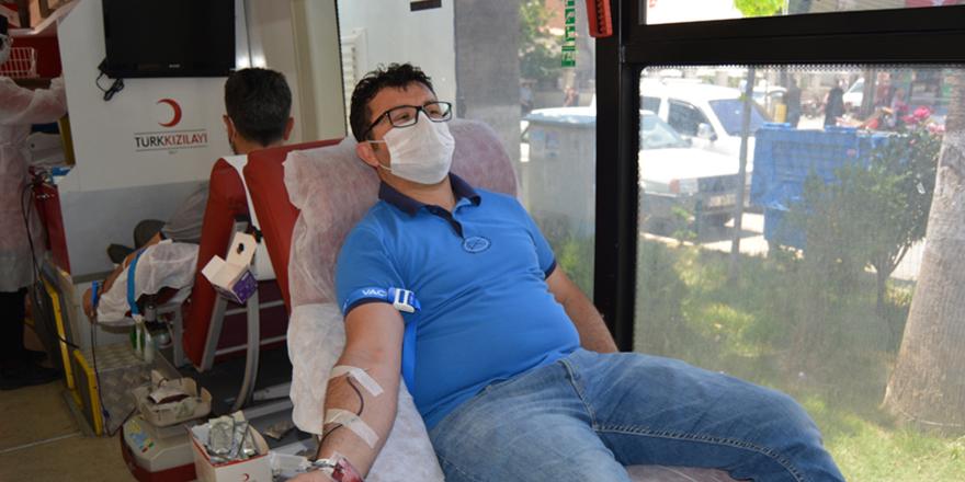Kan bağışladılar