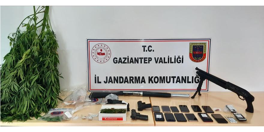 Uyuşturucu operasyonu: 19 gözaltı