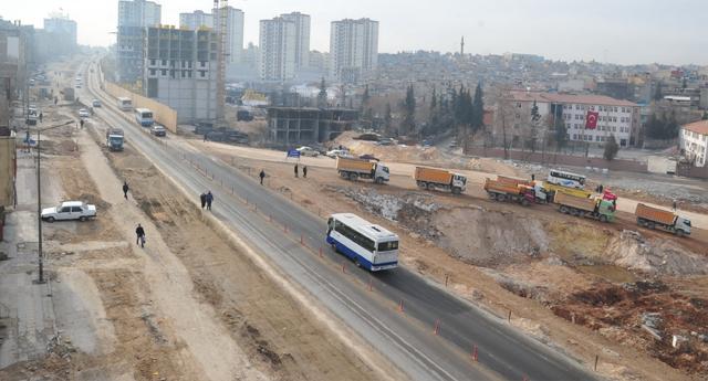 TÜRKMENLER'E 6 ŞERİTLİ