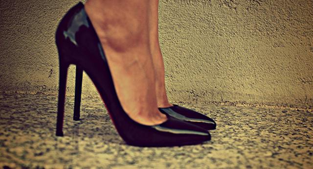 Parmak şeklini bozan ayakkabılar