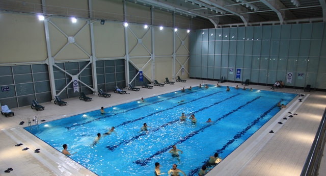 Akkent yüzme havuzu hizmete girdi