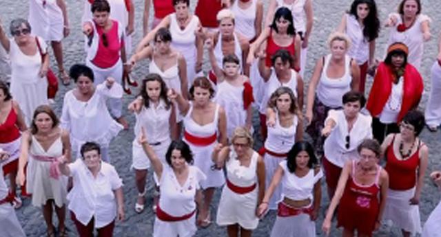 1 milyar kadın şiddete karşı dans ediyor