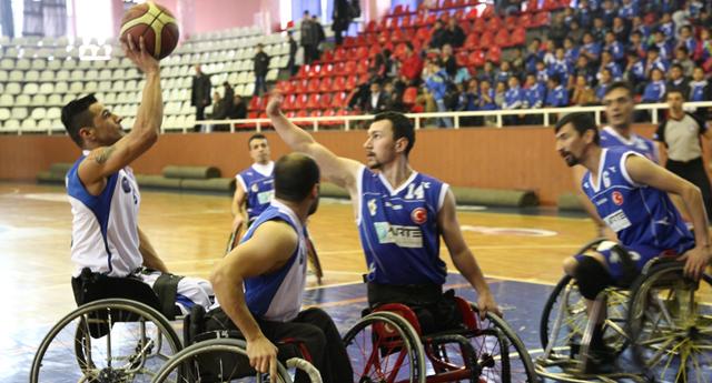 Engelli basketçiler ilk yarıyı 5. Sırada tamamladı