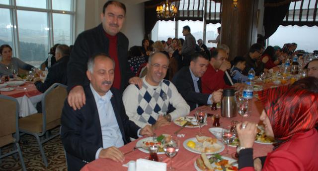 Muhabeciler kahvaltıda buluştu