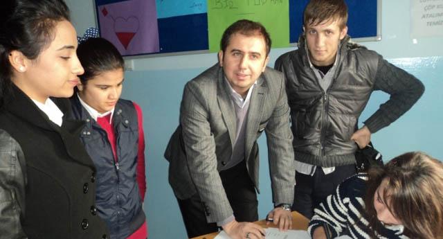 Öğrencilerden örnek bağış