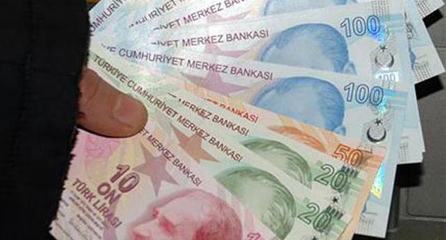 Emekliye 900 lira müjdesi!