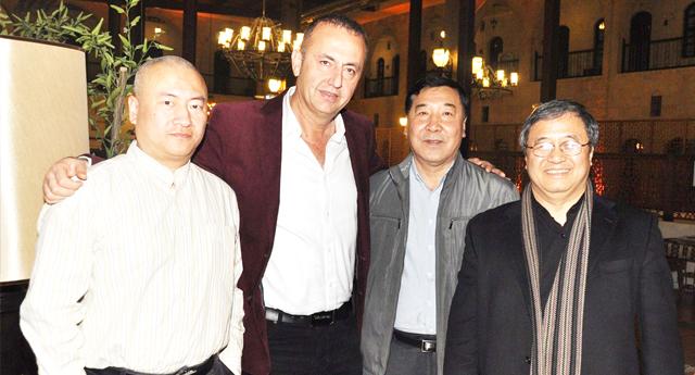 Çin ve Kore Öztan\'a talip