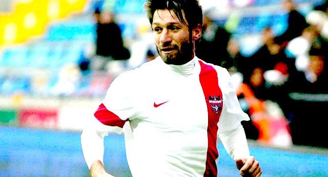 Serdar Kayseri maçında yok