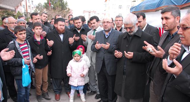 Suriye\'ye yardım tırı