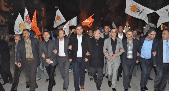 Çapan\'lar AK Parti\'ye geçti