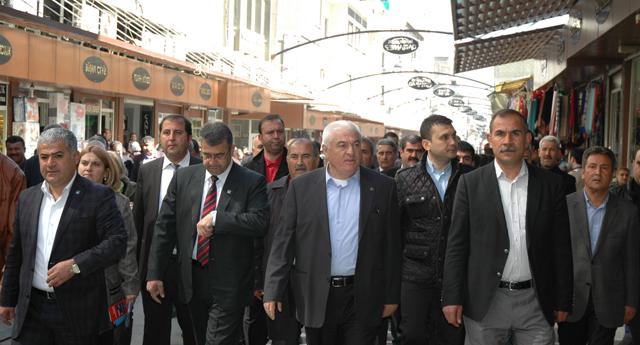 CHP iktidara yürüyor