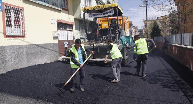 Kurbanbaba asfaltlanıyor