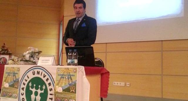 Sadık Karakan Kocaeli üniversitesinde konuştu