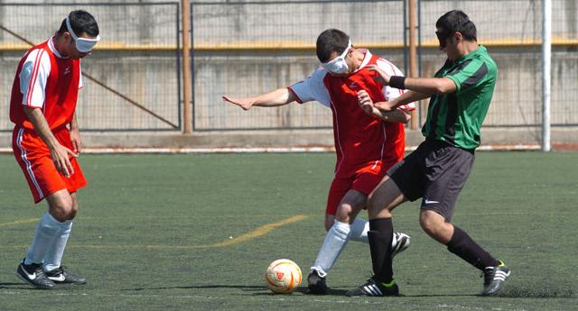 Futbol aşkına engel yok