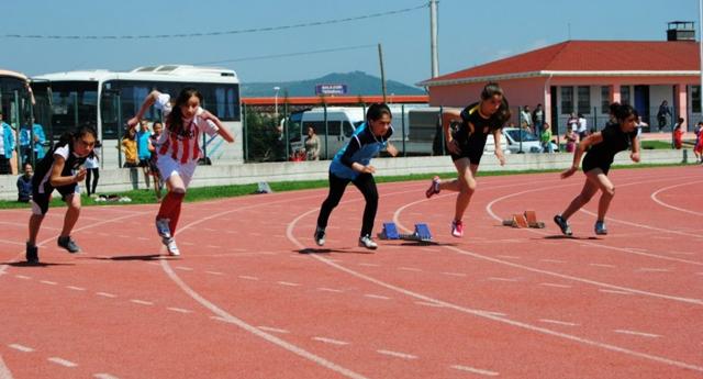 Atletler Adana'da koşacak