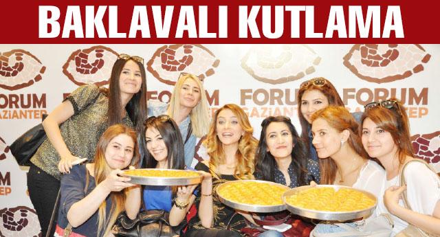 Forum, Özge Ulusoy'u ağırladı