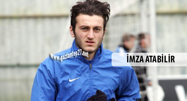 Aklı fikri Trabzonda