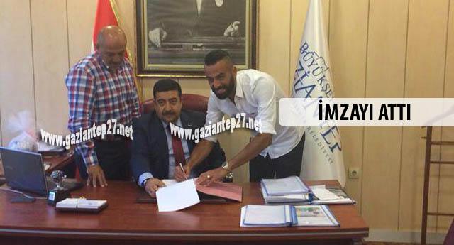 Büyükşehir'den ilk transfer