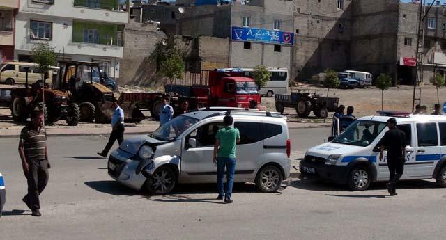 Hafif ticari araç kazası: 6 yaralı