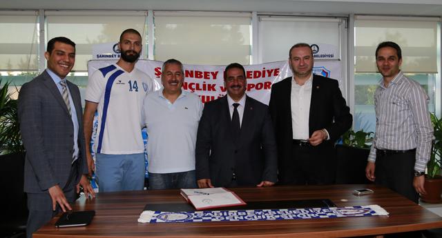 Voleybol'da transfer atağı