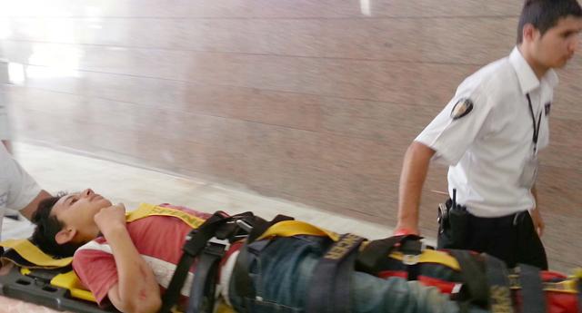 Baba oğul kazada yaralandı