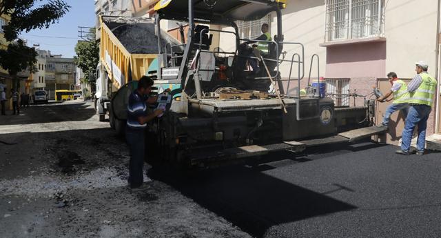 Asfalt ekipleri işbaşında