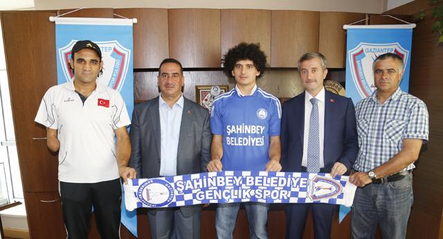 Şahinbey'den milli takıma destek