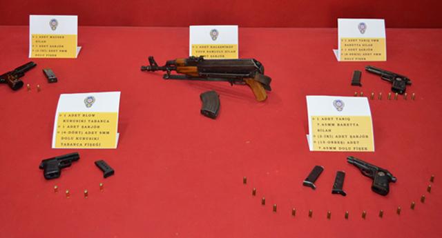 Fırat mahallesinde silah operasyonu