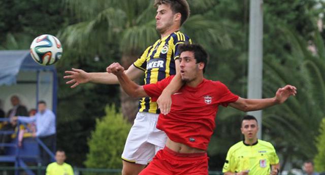 Gençler İstanbul'da kayıp 0 – 4