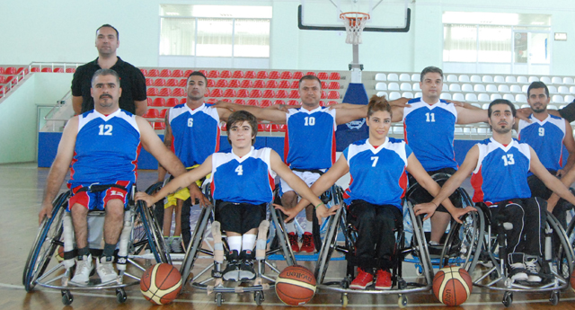Engelli basketçiler hazırlıklarını sürdürüyor