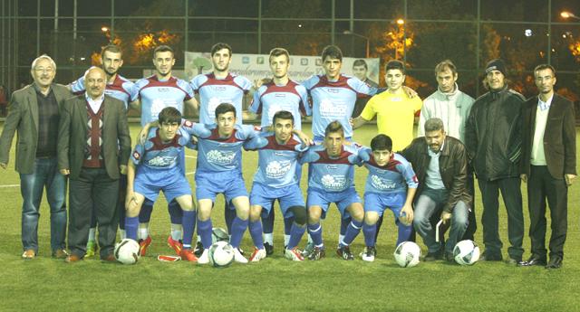İstiklal'in gençleri farklı başladı 5-0
