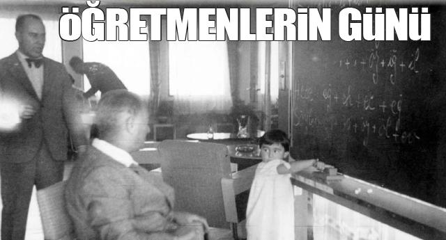 İLK TÖREN DEMOKRASİ MEYDANI'NDA