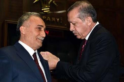 Fakıbaba AK Parti'ye katıldı