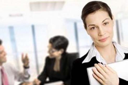 Kadın çalışanlar erkekleri solladı